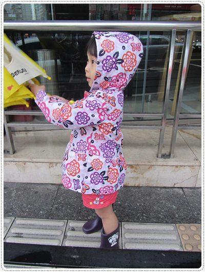 迎接夏天的來臨◎台北市兒童游泳教學&游泳池大評比 (21)