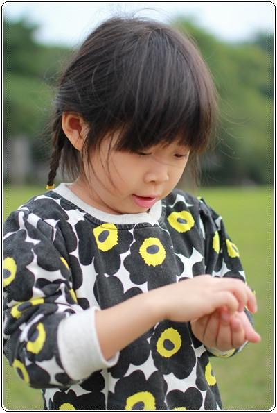 【小猴媽❤大創】 宛如夢幻婚禮般的粉嫩春日野餐 at 南港公園 (23).JPG