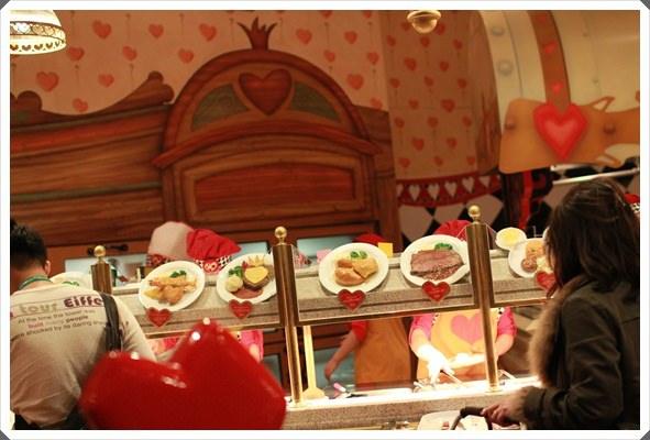 2015冬遊日本。東京迪士尼樂園之安娜與艾莎的冰雪夢幻 (54).JPG
