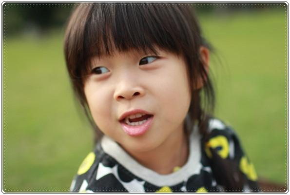 【小猴媽❤大創】 宛如夢幻婚禮般的粉嫩春日野餐 at 南港公園 (56).JPG