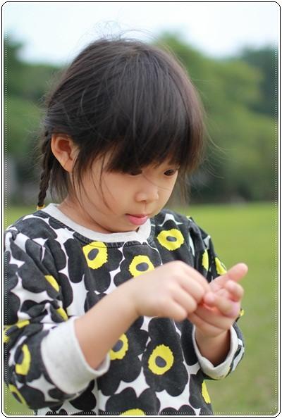 【小猴媽❤大創】 宛如夢幻婚禮般的粉嫩春日野餐 at 南港公園 (24).JPG