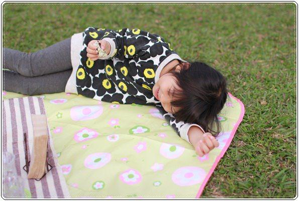 【小猴媽❤大創】 宛如夢幻婚禮般的粉嫩春日野餐 at 南港公園 (61).JPG