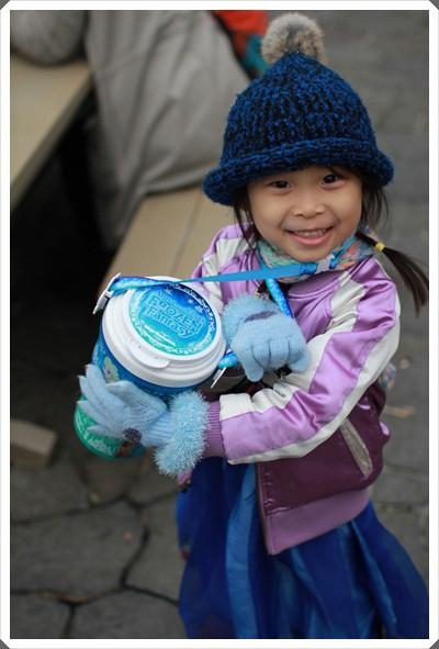 2015冬遊日本。東京迪士尼樂園之安娜與艾莎的冰雪夢幻 (99).JPG