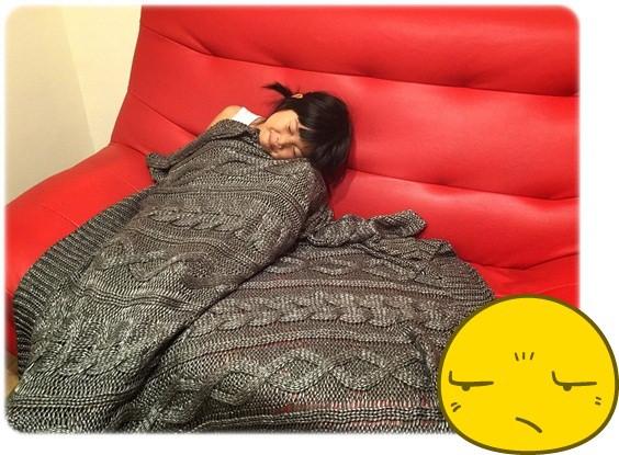 【小猴媽❤佈置】HOLA。溫暖直通心房的HH金屬光澤編織毯 (10).jpg