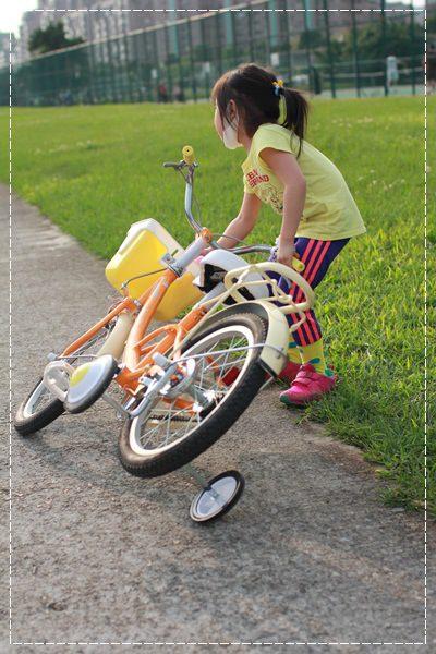 ﹝4Y8M4W2D﹞美堤河濱公園騎單車去 (39)