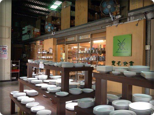 【小猴媽❤佈置】幫餐具櫃添點ㄦ日式風◎豐名日式進口餐具~大推薦!! (3)