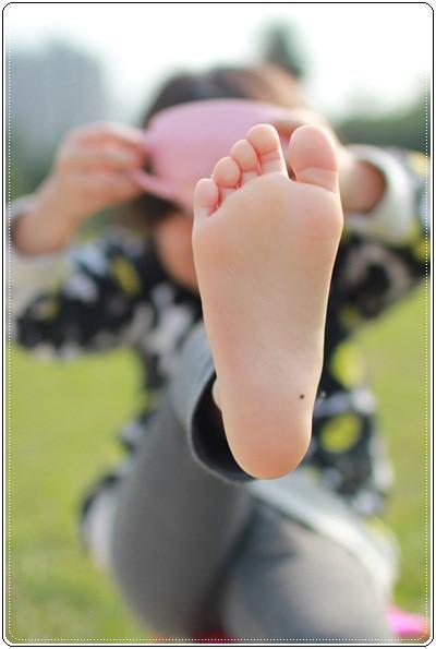 【小猴媽❤大創】 宛如夢幻婚禮般的粉嫩春日野餐 at 南港公園 (76).JPG