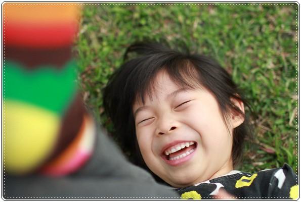 【小猴媽❤大創】 宛如夢幻婚禮般的粉嫩春日野餐 at 南港公園 (48).JPG