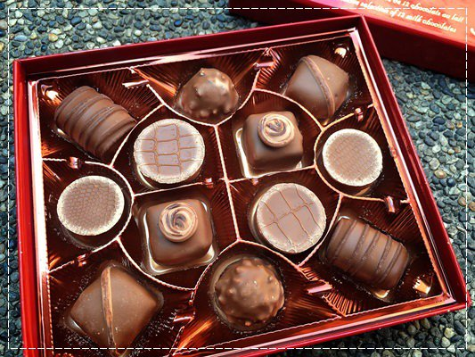 0214情人節就是要Maxim's法國巴黎美心巧克力 (5).jpg